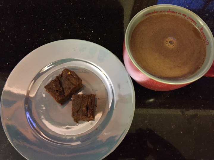 image of flourless brownies