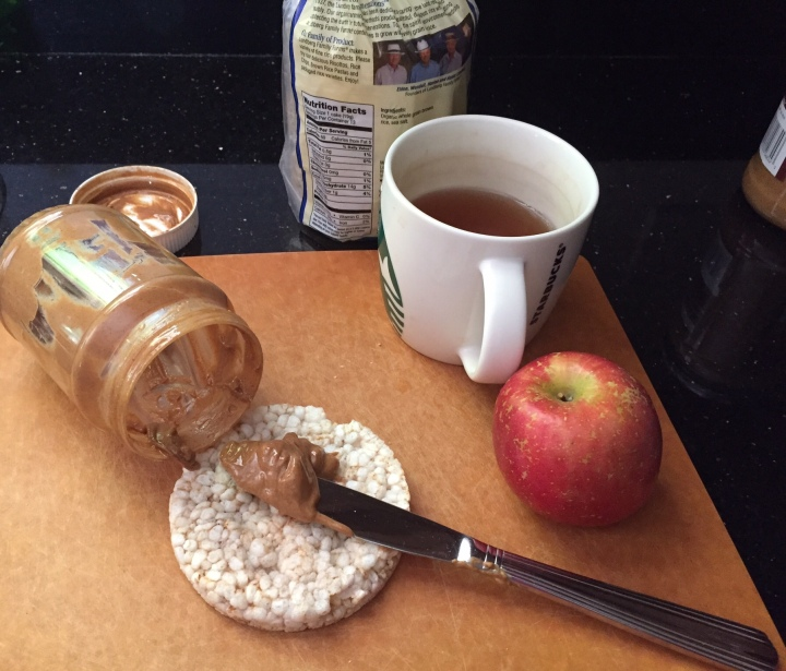 IMAGE OF ingredients in PB, apple and rice cake recipe